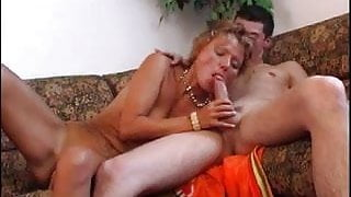 Horny son finds right way to his older gfs pussy