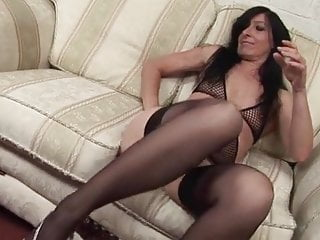 Hairy pussy dildo masturbating woman orgasm - Woman mature drilling pussy