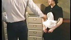 Bouches a plaisir culs pour jouir (1982)