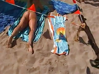 Flashing in milfs public pussy - Lisa receives a present in her pussy on the cap adge beach