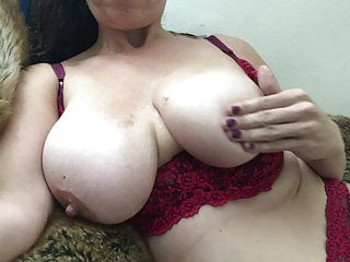36dd xxx free Playing with my big naturals -- 36dd