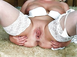 Girls pussy ripped apart - Legs apart pussy wanting cock