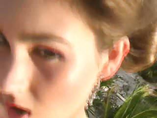Free porno video paris hilton - Jen hilton - roof top stripper