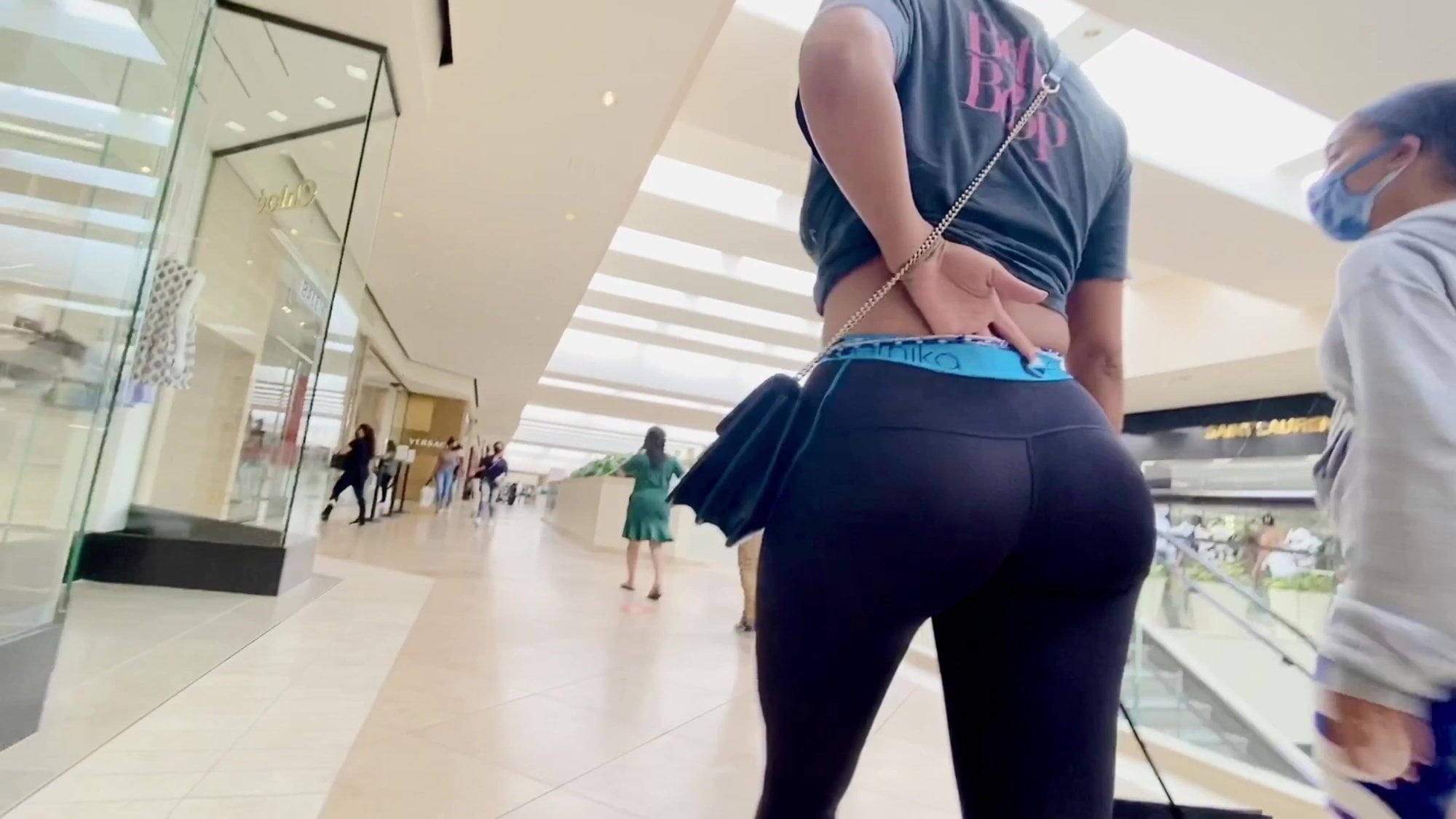Red galery voyeur photo of girls showing panties in a shopping mall