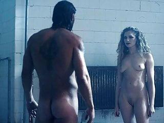Wilson  nackt Kristen Elizabeth Banks