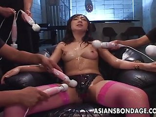 Japanese ultra hardcore - Asian bitch ultra toyed and cum spunked in her face