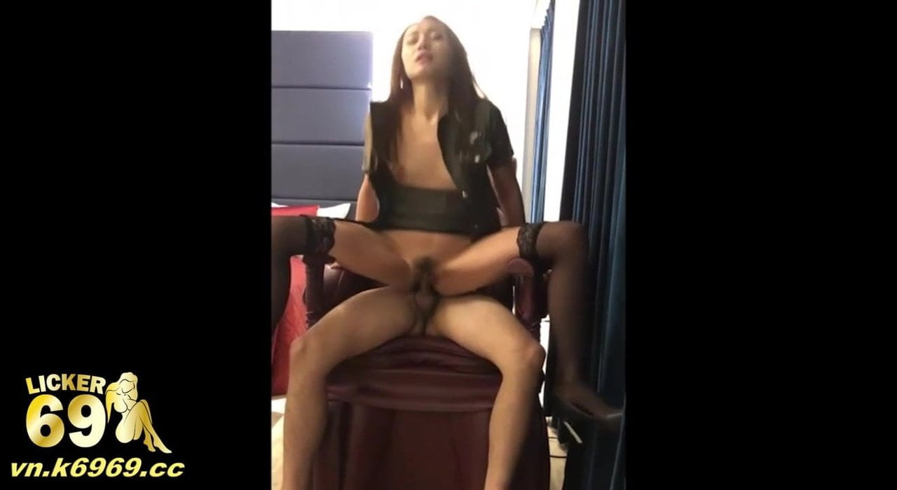 Sex with my girlfriend in sexy clothes at the hotel, LICKER69