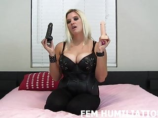 Have two penis - I have two dildos for your tight holes