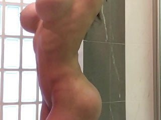 Sexy show video - Sexy show in shower