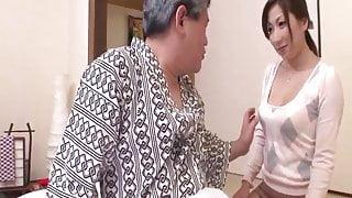 Asian milf Mirei Yokoyama loves dealing such tasty dick