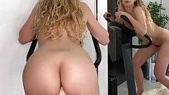 Блондиночка скачет на спин-байке в Карантине