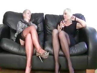 Lesbian milfs - 2 lesbian milfs masturbating... it4