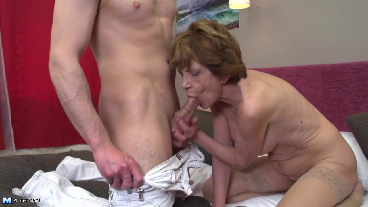 Dirty Talking Mature Woman