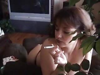 Trannys smoking cigerattes - Hot mature amateur smoking doggy-banged