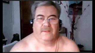 hot argentinian grandpa wanking and cumming