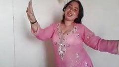 Pakistani shumaila dance in karachi city
