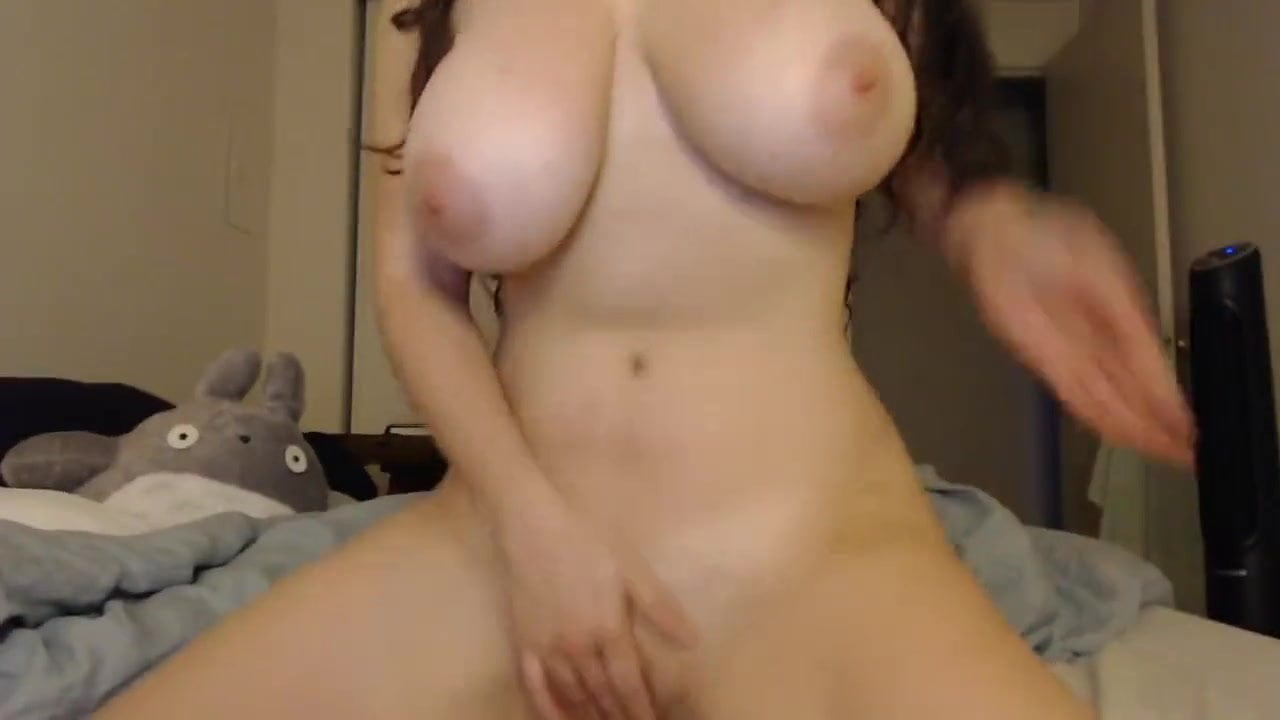 Amateur Couple Webcam Big Tits