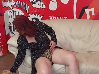 Mother fucks son xxx Mature mother with big ass fucks son