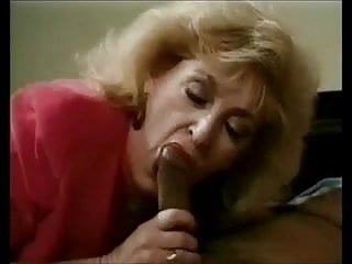 In bed with faith smoking fetish - Mature sexy fucked in bed, with red high heels