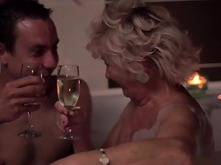 Grandma pussies - Romantic evening in the bathroom. grandma tamara