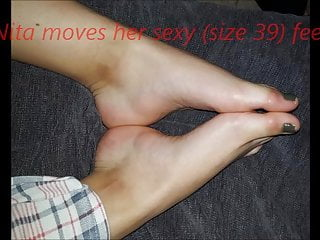 40-foot hustler Nita moves her sexy size 39-40 feet part 2