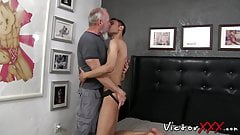 Old man with gray beard rimms and barebacks skinny amateur