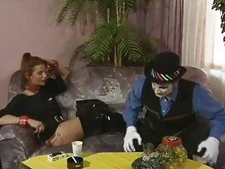 Adult class clown costume Doro lupino - vom clown in den arsch gefickt