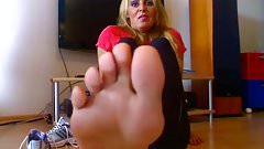 BARE FOOT & Cassandra Mature Feet
