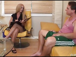 Old babe handjob - Old fellow and his thick cock gets right treatment
