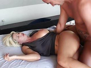 Pornos nadja summer Milf Mutter