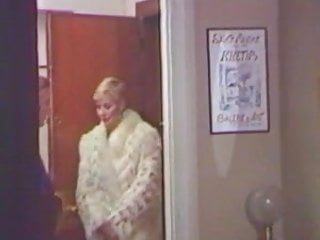 Vintage fur Carole pierac in fur coat 3
