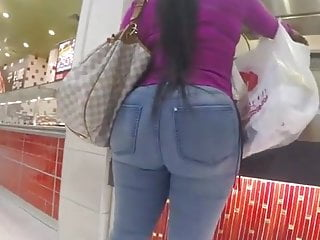 Big phat black ass fucked hardcore - Phat black ass in the mall