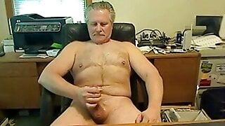 Jay masturbates to orgasm on cam