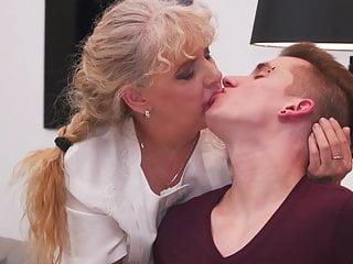 Mature jewish moms having sex 56yo mature mom having sex with young boy