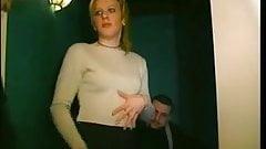Милашу трахнули в задницу в любительском видео дважды