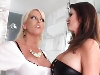 Lotta schelin and lesb - Perfect mature lesb