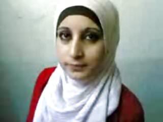 Celeb tits exposed - Arab hijab girl tits exposed