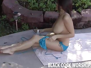 I feel me masturbation I cant wait to feel his huge ebony cock inside me