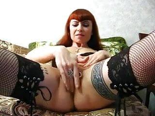 Dick but tattoo Dicke gepiercte votze