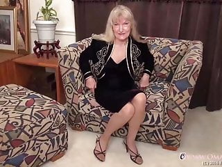 Wet grandma pussy - Omageil cindy and phyla wet and hairy grandmas