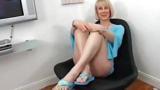 Hazel is always so sexy in her blue dress