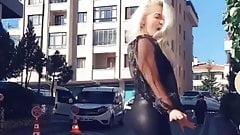 ass of auntie in public
