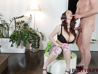 Buffy sexy Busty buffy gets rewarded with cumshot for titjob
