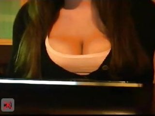 Drunk chick flashes tits Big boobed chick flashes in a public pub