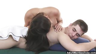 AdultMemberZone - Malezia decides to have fun with client