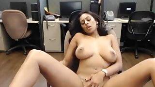 curvy dame 2