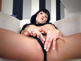 Young milf sex - This young milf doesnt tease
