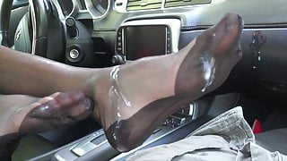 Footjob in black fully fashioned nylons at it's best