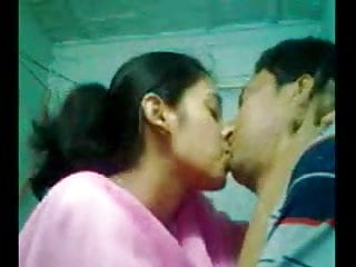 Sexy indian girls porn - Cute sexy indian girl playing with his bf