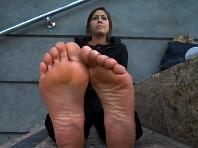 Goddess Grazi Feet Worship